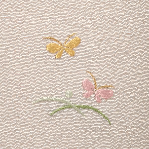 つゆ芝に蝶